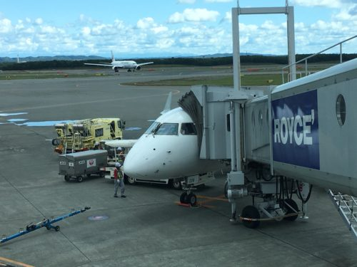 IMG_1069-500x375 青森から新千歳空港に飛ぶ