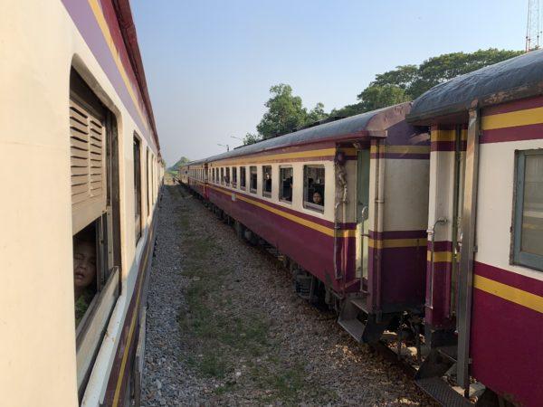 EF6BBC65-E7CA-4443-93CF-11BDBDD24F20-600x450 ナムトック・カンチャナブリーからバンコクに戻る