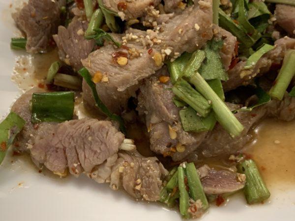 09F6D104-3EA7-4A52-8272-D9B7B8E9243E-600x450 オンヌット U EAT UPのタイ料理と肉