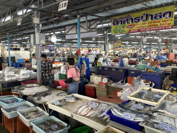 4CA263EF-6E35-4259-BE9D-0207D6D53601-600x450 パークナム市場へ行って魚を買う