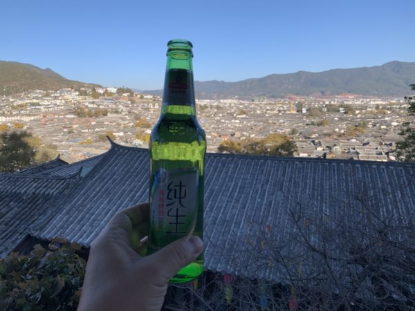 FF8272C1-746A-409A-8218-455061730B30-600x450 麗江 古城・雪山でビール休憩