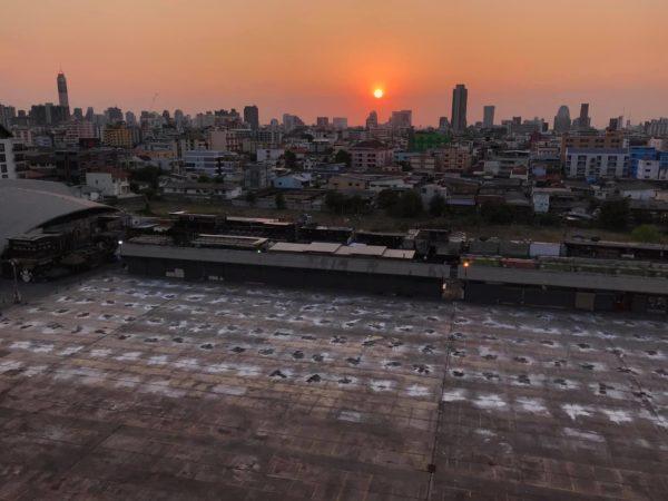 4AEF6A27-2F7B-4A1D-830C-6140D408EEB3-600x450 在りし日のラチャダー鉄道市場