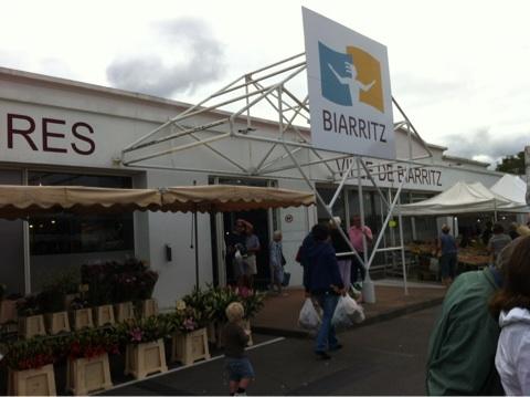 blog_import_54114776babe1 フランスバスク、ビアリッツのマルシェ
