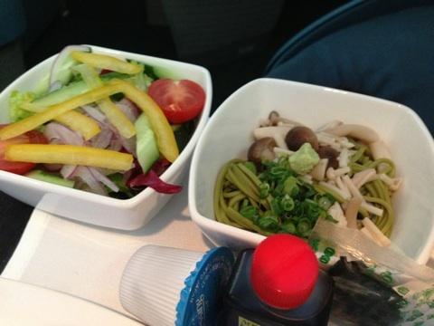 blog_import_54114d239f954 12月29日 CX703 羽田発香港行きビジネスクラス 機内食