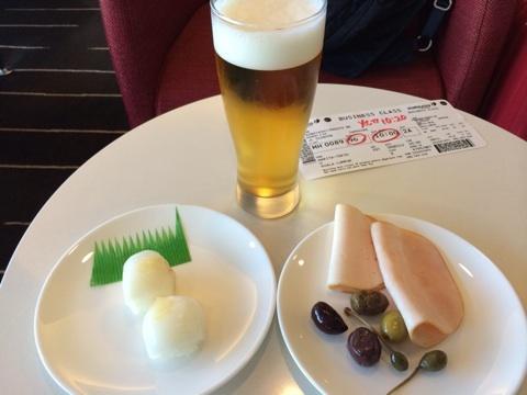 blog_import_54116063e54b0 成田空港でラウンジをはしご JAL本館とカンタスサテライト