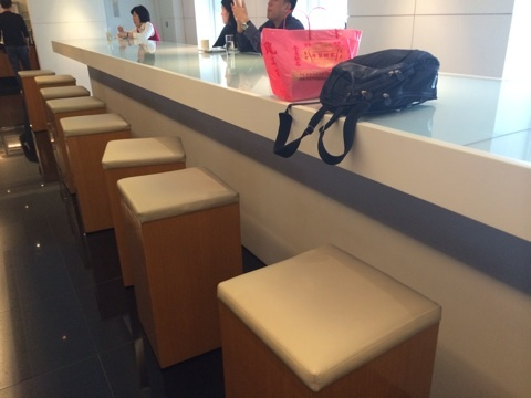 blog_import_5411616430188 台北・桃園 キャセイパシフィック航空ビジネスクラスラウンジ