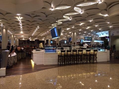 blog_import_54116500115b1 びっくりムンバイ空港の第2ターミナル