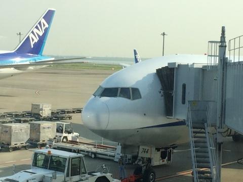 blog_import_54116f89cab3b 8月1日羽田から福岡空港へ