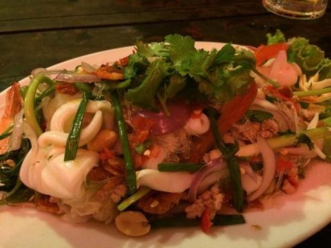 blog_import_54116fa75e45d エカマイ バーンライカフェのタイ料理